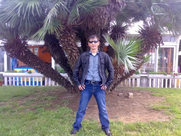 Nicolae333, barbat, 37 ani, Botosani
