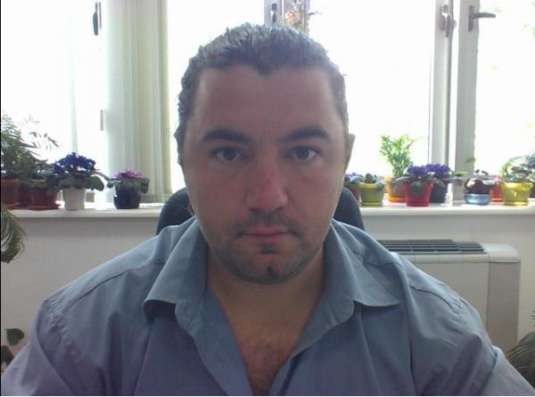 Vlad_Mureasan, barbat, 36 ani, Arad