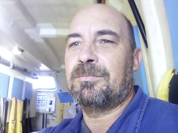 ghinghiskan, barbat, 46 ani, Braila