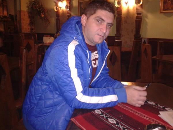 nelu77, barbat, 42 ani, Targu Mures