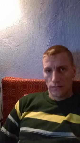 Florinel_costy, barbat, 36 ani, Rosiorii de Vede