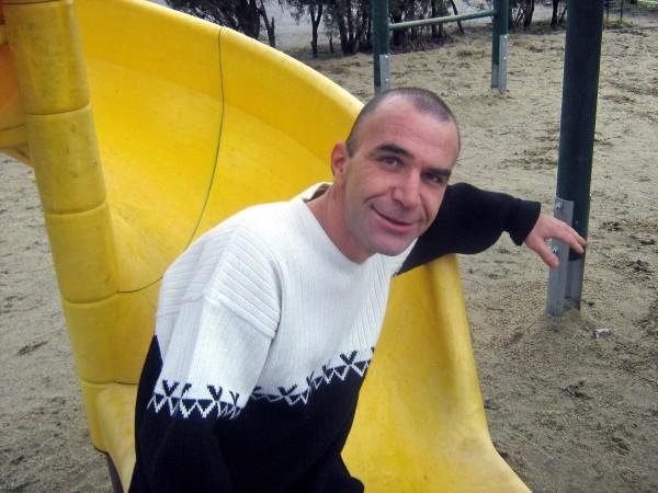 fosnet, barbat, 42 ani, BUCURESTI