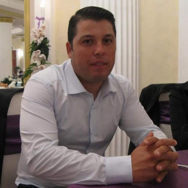 Gigi4u, barbat, 39 ani, Calarasi