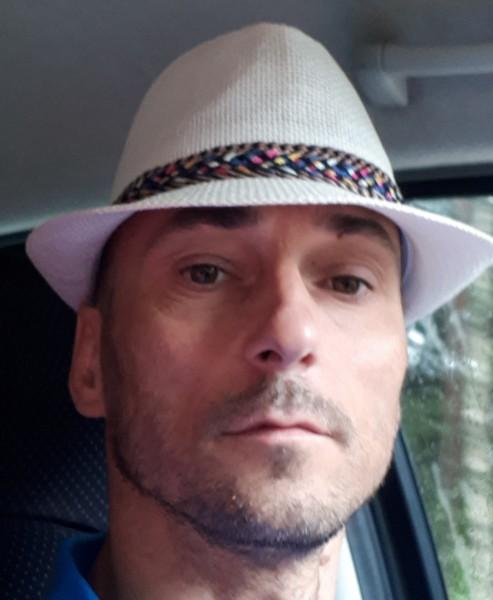 vasilacheclaudiu, barbat, 42 ani, Reghin