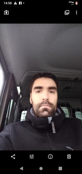 Andy31, barbat, 32 ani, Sibiu