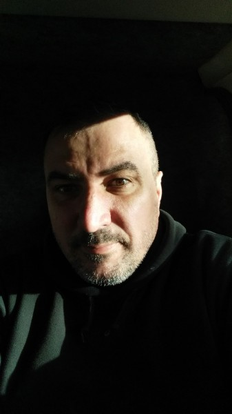 Jonys, barbat, 46 ani, BUCURESTI