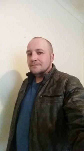 geottr, barbat, 43 ani, Marea Britanie