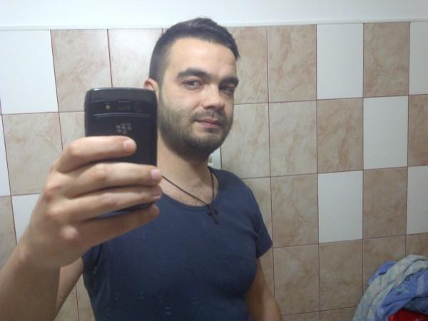 Alin_Mihail_86, barbat, 34 ani, Ploiesti