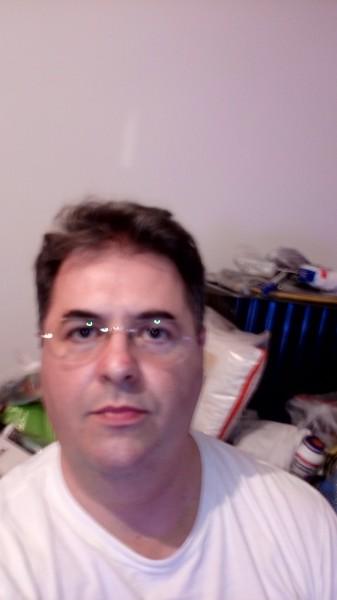 Julien369, barbat, 46 ani, BUCURESTI