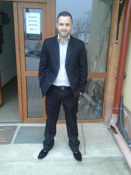 tibi_andrei, barbat, 32 ani, Sibiu