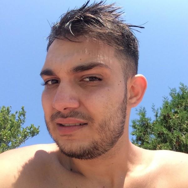 Mmichael, barbat, 24 ani, United Kingdom