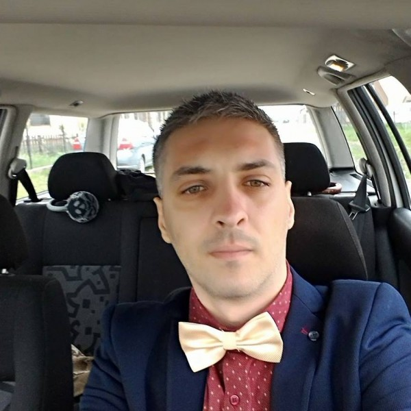Adrian12123, barbat, 31 ani, Timisoara
