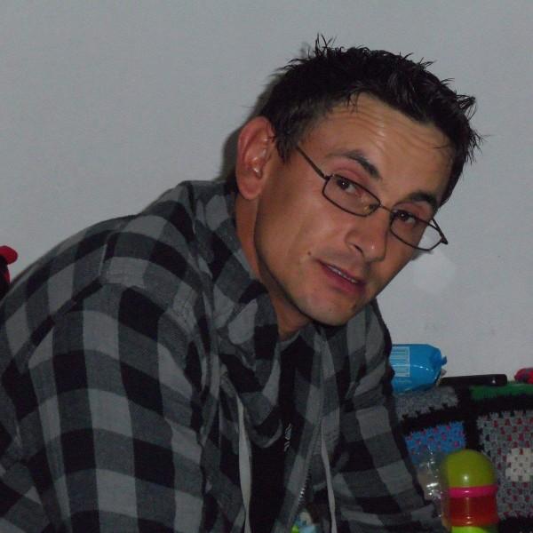 Doryn_cat, barbat, 43 ani, Galati