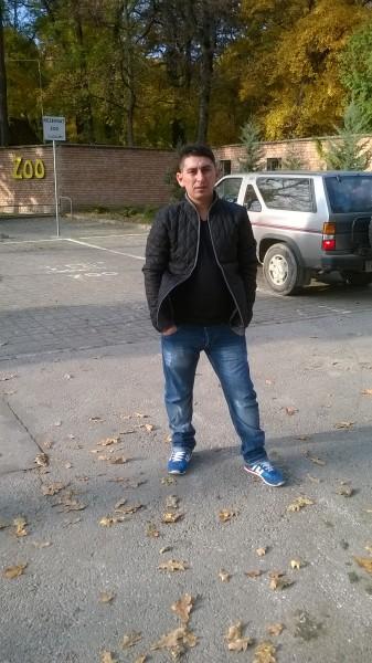cristian27steaua, barbat, 31 ani, Timisoara