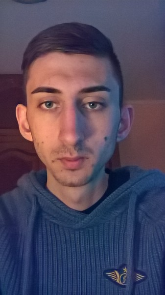 Tudorel96, barbat, 21 ani, Tulcea