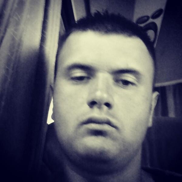 adrianadri, barbat, 29 ani, Suceava