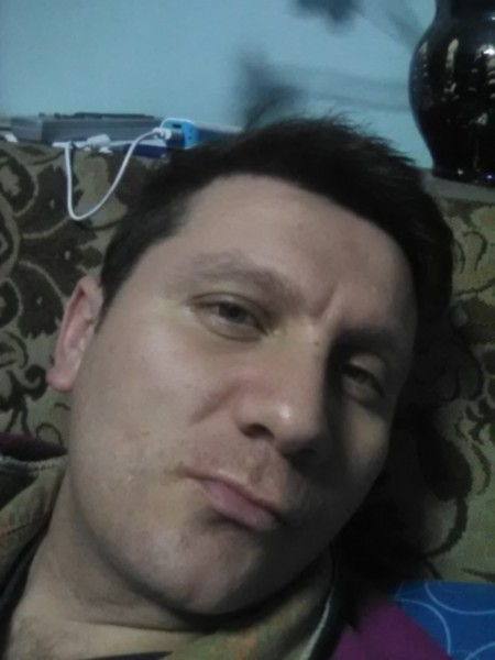 vlad204, barbat, 33 ani, Brasov