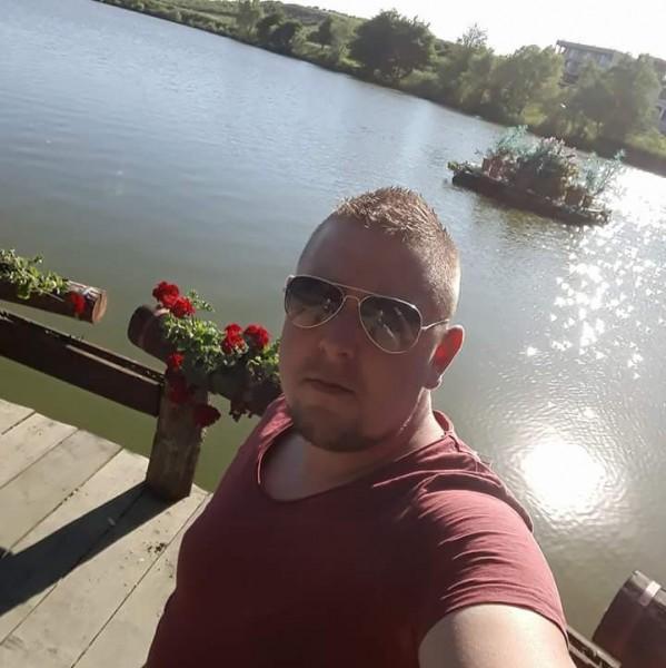 Alincalin93, barbat, 25 ani, Oradea