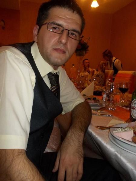 Peruzzy, barbat, 37 ani, Timisoara