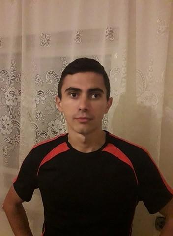 andreiEV, barbat, 27 ani, Targu Jiu