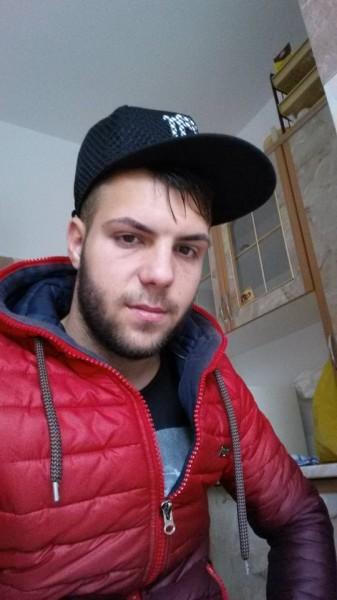Raresboss, barbat, 23 ani, Galati