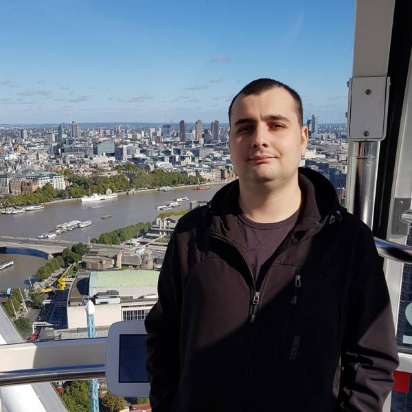 VladAndreas, barbat, 27 ani, BUCURESTI