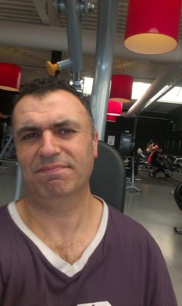 strain1, barbat, 44 ani, Netherlands