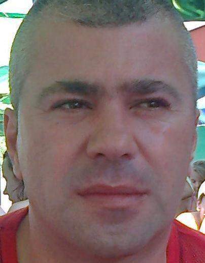 ade5, barbat, 44 ani, Romania