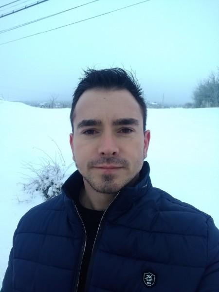 radu_dumitru, barbat, 34 ani, Harlau