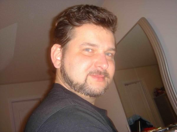 Markman_101, barbat, 53 ani, Canada