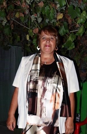 lucretiaB, femeie, 68 ani, Ianca