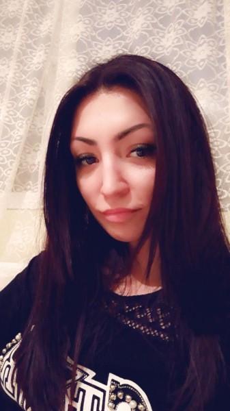 Diad21, femeie, 27 ani, Hunedoara