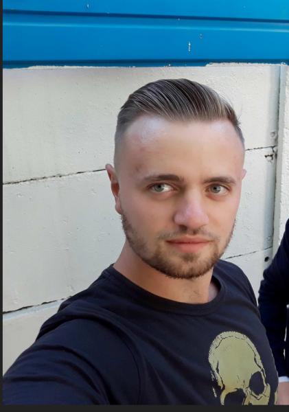 EduardEd25, barbat, 25 ani, Arad