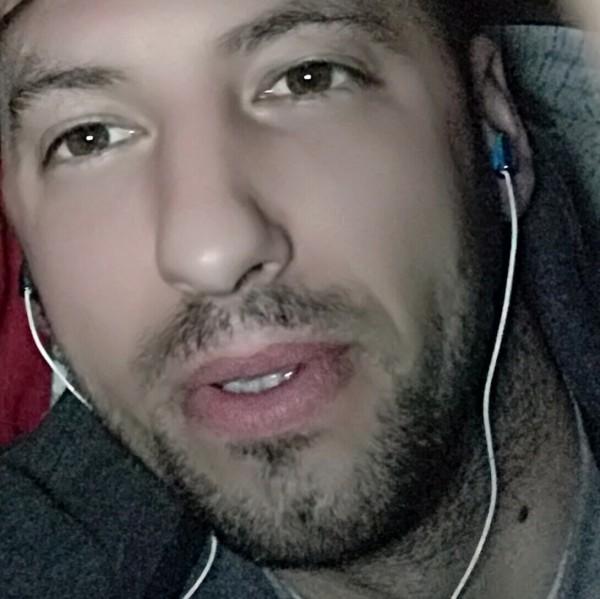 Scuturici38, barbat, 38 ani, Italia