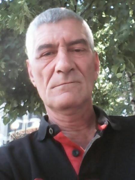 liviu58, barbat, 60 ani, Bacau