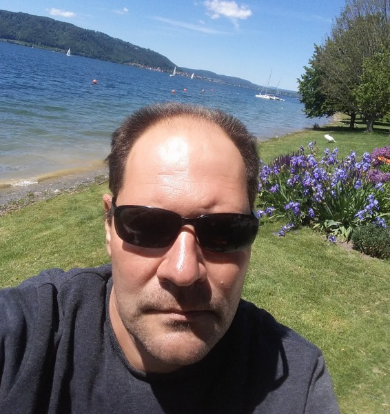 corneltrufas, barbat, 48 ani, Braila