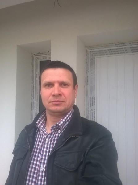 Paul_2017, barbat, 44 ani, Botosani