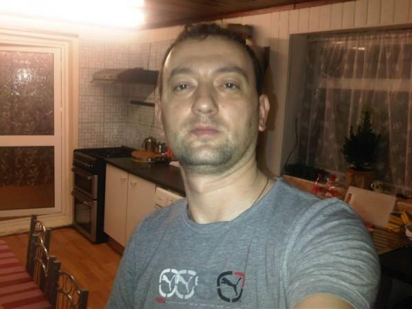 mihailiviu1527, barbat, 40 ani, Ramnicu Valcea