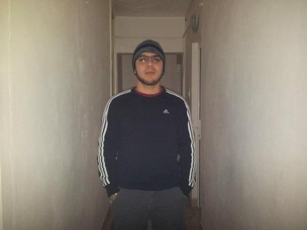 madalingl, barbat, 27 ani, Galati