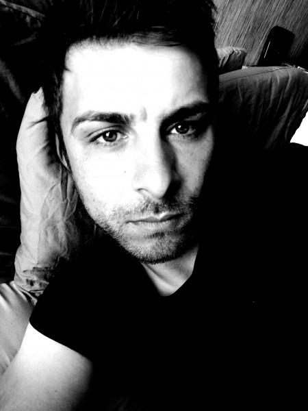 codrincod, barbat, 32 ani, Marea Britanie