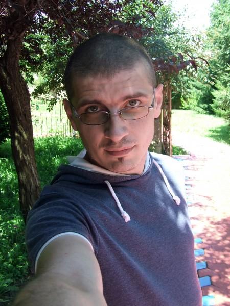 ionut__83, barbat, 35 ani, Iasi