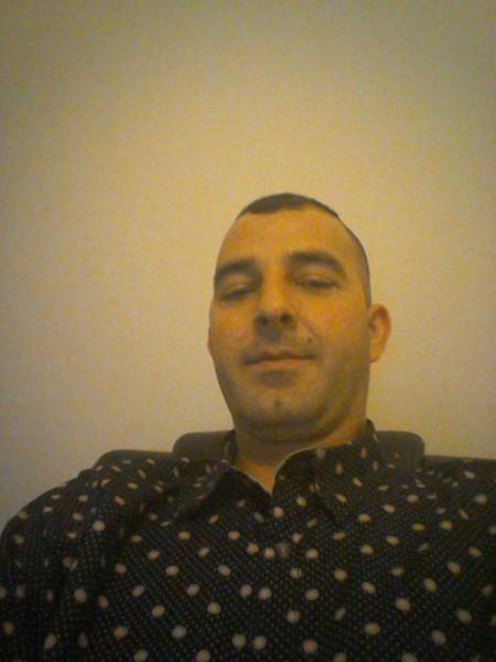 bonuscordumar, barbat, 37 ani, Romania