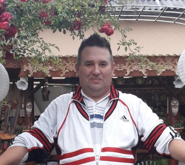 Gfdrt, barbat, 44 ani, Iasi