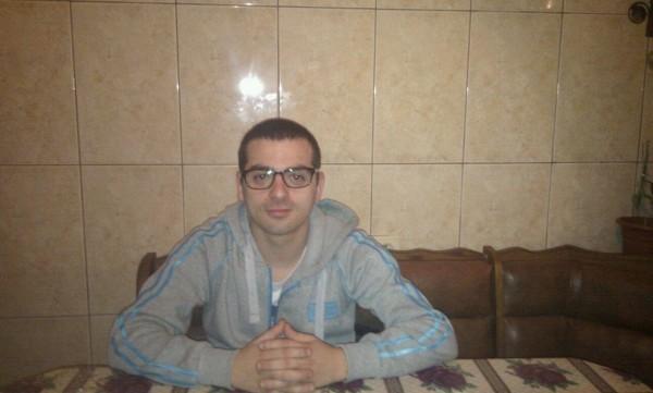 pripi21, barbat, 30 ani, Targoviste