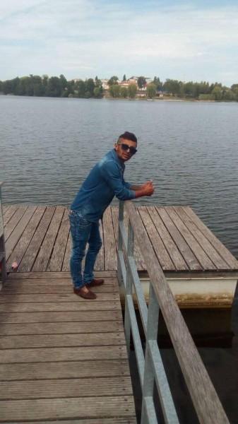 akinionut, barbat, 25 ani, Slanic Moldova