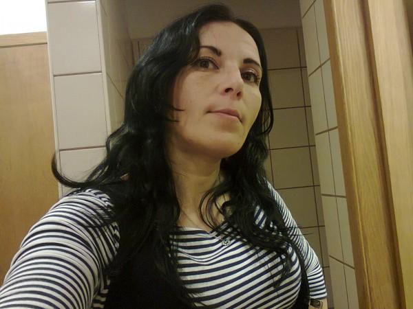 ELA_ELENA, femeie, 44 ani, Rosiorii de Vede