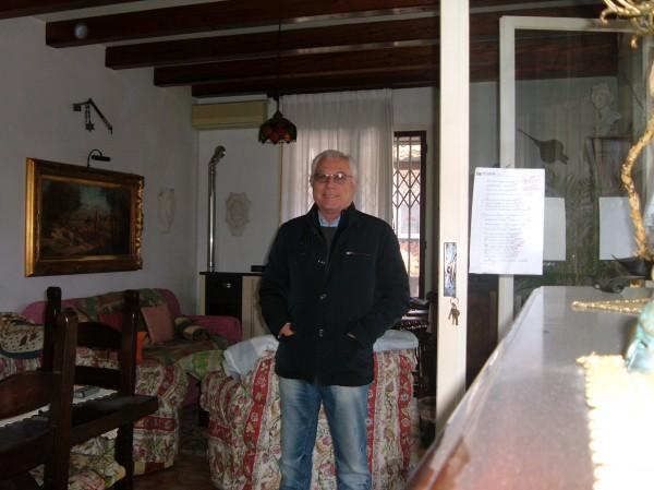 Maury, barbat, 69 ani, Arad