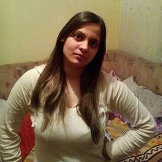 Buste, femeie, 26 ani, Oradea
