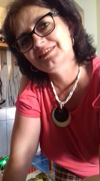 arnia, femeie, 59 ani, Petrosani