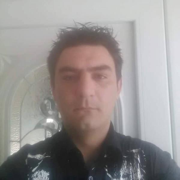 paulionut347, barbat, 30 ani, Oradea